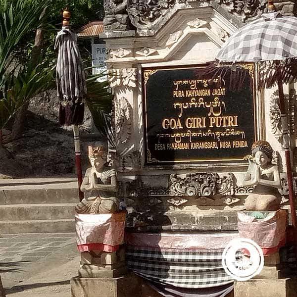 Pura-Goa-Giri-Putri-Nusa-Penida-1