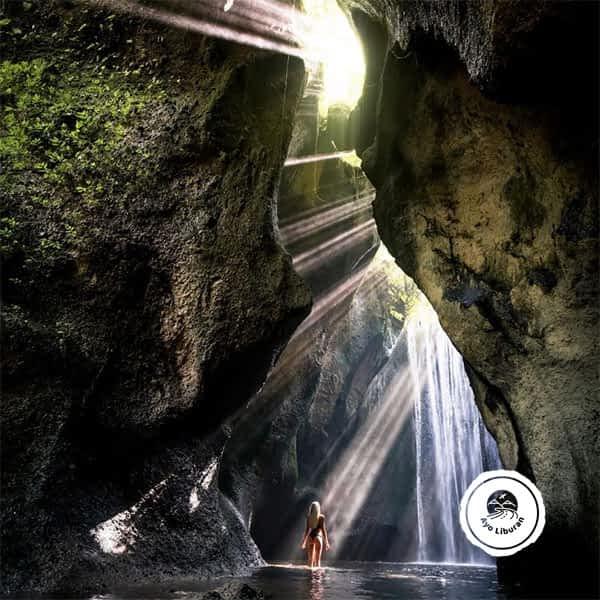 Ayo-Liburan-ke-Bali_Tukad-Cepung-Waterfall