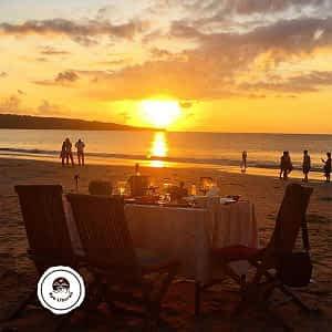 Makan-Seafood-Pantai-Jimbaran
