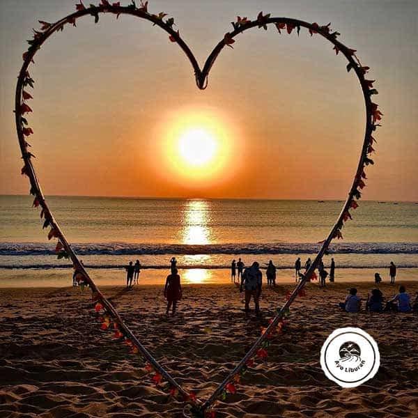 Jimbaran-Sunset-Beach
