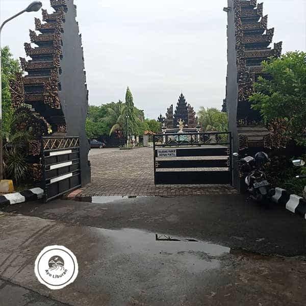 Pura-Jagat-Karana-Surabaya-2